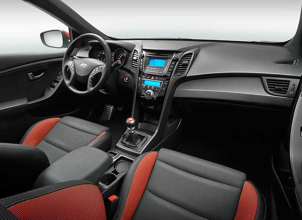 hyundai i30 sport 1. Black Bedroom Furniture Sets. Home Design Ideas